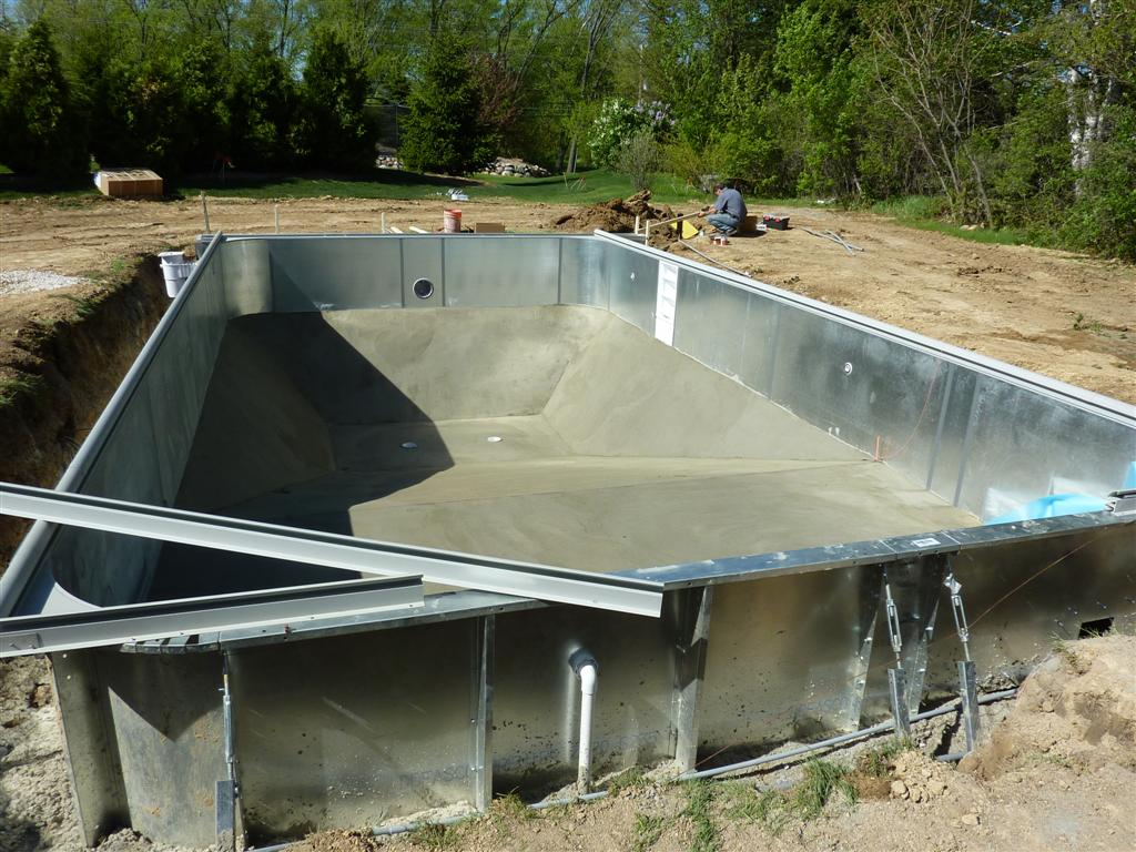 Waukesha, WI Concrete Pool Bottom