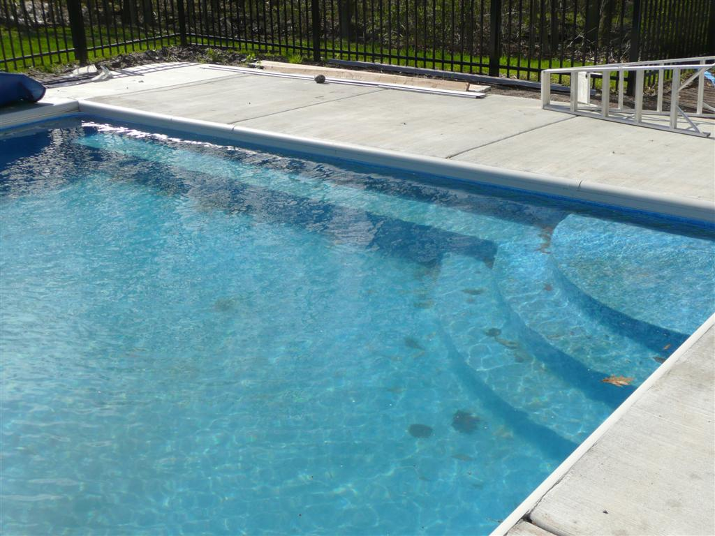Custom Pool Steps with Bench