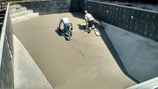 Vermiculite Vs Concrete Pool Bottom What Is Better