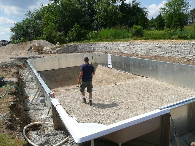 Building a vinyl liner pool on rock for Inground swimming pool construction